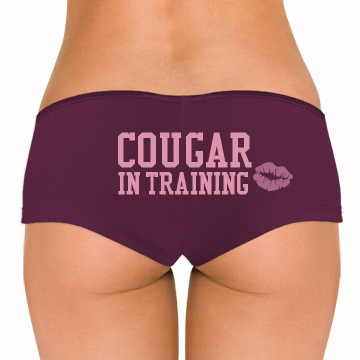 Cougar In Training Bella Hotshort