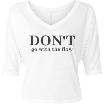 Don't Bella Flowy Lightweight V-Neck Half-Sleeve Tee